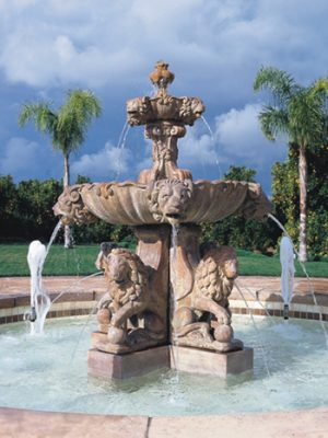 LARGE LION FOUNTAIN (PLUMBED)