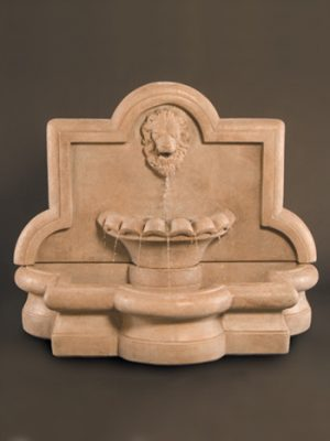 LION QUATREFOIL WALL FOUNTAIN LARGE